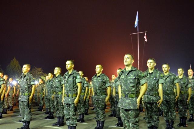 Belas apresentações marcam formatura em homenagem ao Dia da Cavalaria  3209eb0a1fb